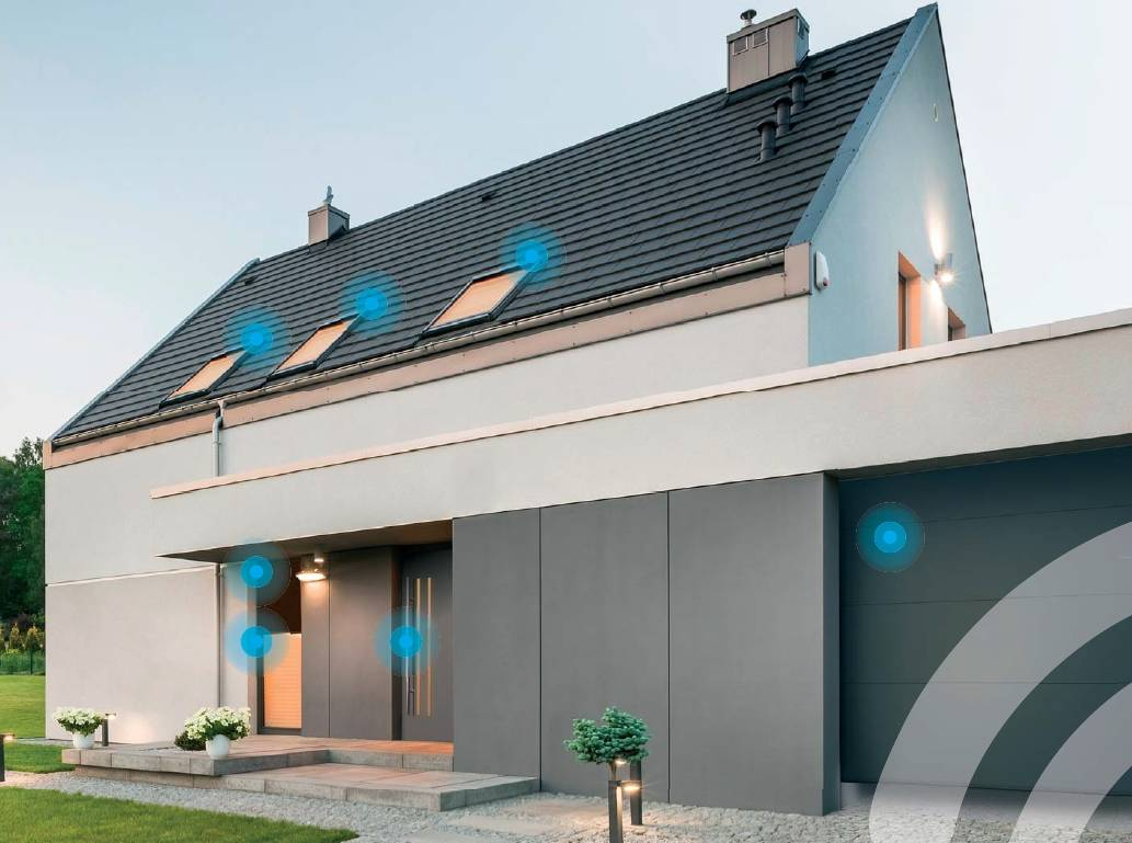 fakro smarthome okna dachowe