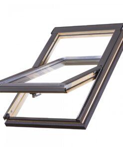 Opaska dociepleniowa zamontowana wokół ościeżnicy okna dachowego